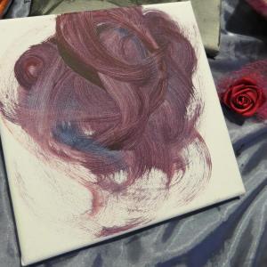 "Title : ""Purple Hairbun"""